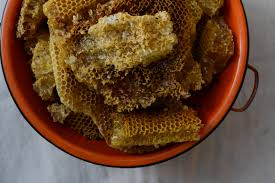 honeycomb edible extracting honey the fashioned way