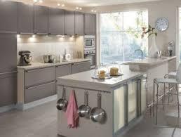 les plus belles cuisines modernes plus cuisine moderne meuble ilot central cuisine cuisine