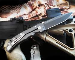 blade show knife the year awards depot american made knife the year spartan blades shf