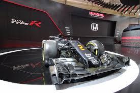 mobil balap f1 born to race jadi tema booth honda di pameran giias 2017 thegaspol com