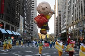 macy s thanksgiving day parade photos of balloons and more am
