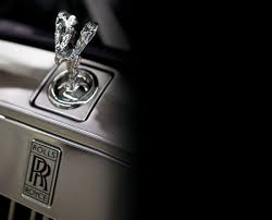 roll royce logo behind the scenes at rolls royce cars u0026 boats europe lifestyle