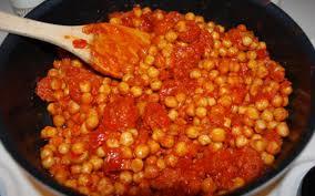 cuisiner pois chiche recette pois chiches à la catalane pas chère et simple cuisine