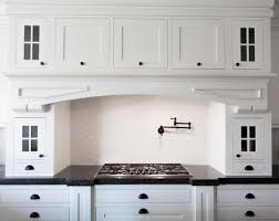 Black Hardware For Kitchen Cabinets by Hardware For White Shaker Kitchen Cabinets Kitchen