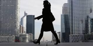 travaux de bureau salaire inégalités femmes hommes au travail enfin le réveil