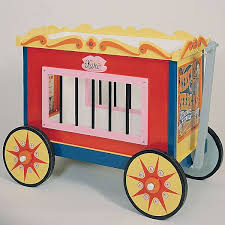 circus wagon toy box u bild home u003e projects u003e project plans
