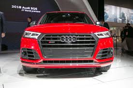 audi detroit 2018 audi sq5 debuts in detroit with turbo engine motor trend