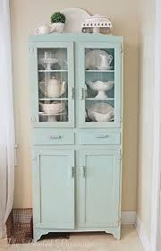 Redoing Old Kitchen Cabinets Best 25 Kitchen Cupboard Redo Ideas On Pinterest Painting