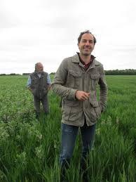 chambre d agriculture vend pour financer sa conversion au bio cet agriculteur vend le tiers de