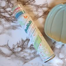 batiste clean and light bare top 3 dry shoos