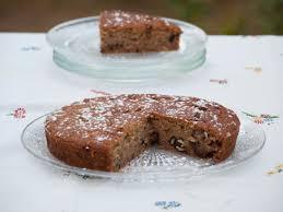 cuisine sans gluten recettes gâteau sans œuf aux noix dattes et sirop d érable vegan au vert