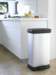 meuble cache poubelle cuisine curver 187152 poubelle à pédale plastique argent 50 l amazon fr
