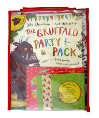 the gruffalo party pack amazon co uk julia donaldson axel