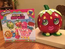 strawberry kiss shopkins pumpkin character pumpkin pinterest