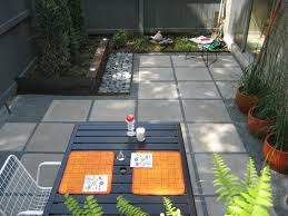 Backyard Flooring Ideas by Cheap Pavers And Pea Gravel Patio Affordable Backyard Ideas