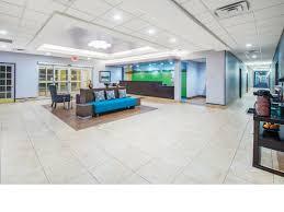 Comfort Inn Suites Airport And Expo La Quinta Inn U0026 Suites Tulsa Airport Expo Square Near Interstate