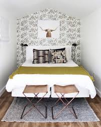 Best  Decorating Small Bedrooms Ideas On Pinterest Small - Ideas for bedroom wallpaper