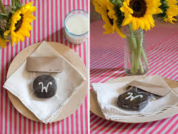 chagne wedding favors diy moon pie wedding favors once wed
