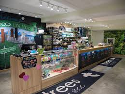 35 seattle recreational marijuana stores mapped