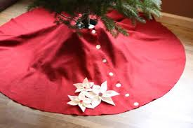 small friendly the tree skirt