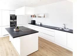 arbeitsplatte für küche die besten 25 granit arbeitsplatte ideen auf