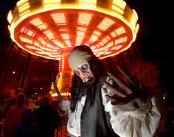 Six Flags Over Texas Holiday Hours Monsters Prowl Six Flags Great America Feasting On Fear