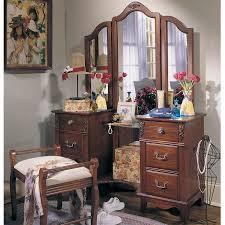 Vanity Set Furniture 117 Best Vanity For Bedroom Bath Images On Pinterest Cheap