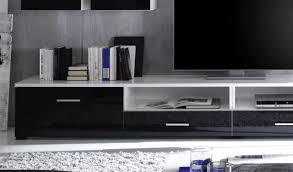 wohnwand mit beleuchtung glasfront besonnen auf wohnzimmer ideen plus weiss schwarz mit