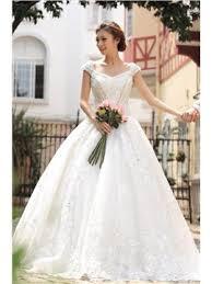 robe de mari e classique acheter robe de mariée classique dentelle de qualité en ligne fr