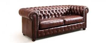 comment nettoyer un canapé en cuir comment entretenir mon canapé en cuir