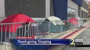 best outdoor black friday deals shoppers camp outside best buy for black friday deals atlanta