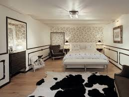 Luxury Bedroom Decorating Ideas Bedroom Luxurious Bedroom With White Bedding And Classic