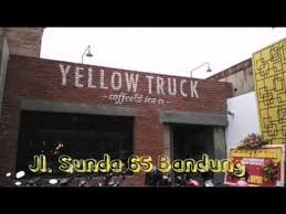 Yellow Truck Coffee nyicip yellow truck coffee bandung