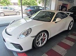 porsche gt3 white plain white 2018 porsche 911 gt3 looks amazing in italy