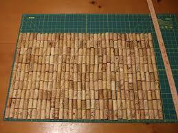 tappeto con tappi di sughero realizzare un tappeto riciclando tappi di sughero ispirando