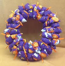 halloween purple background wreath u2013 halloween purple background with ghosts u0026 jack o lanterns