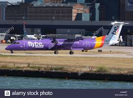 flybe be bombardier q400 dash 8 dhc 8 london city stock photo