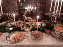 best picture of silver and white christmas table centerpieces