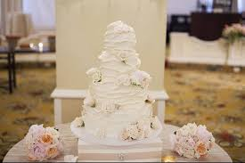 how much is a wedding cake how much does a wedding cake for 200 cost one tier cake on single