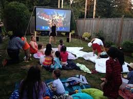 Backyard Movie Night Projector Diy Projection Screen For Outdoor Movies Genius Just Use A