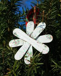 easy craft stick snowflake ornaments allfreekidscrafts
