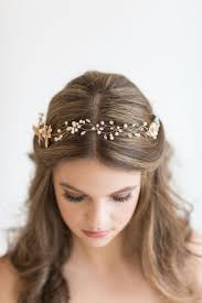 hairstyle for wedding 24 beautiful bridesmaid hairstyles for any wedding the goddess