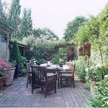 Furniture Courtyard Design Ideas Small by Best 25 Small Garden Table Ideas On Pinterest Small Garden