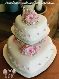 a look back in time popular late 80s early 90s wedding cake style