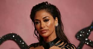 picture of nicole s hairstyle from days of our lives nicole scherzinger shows off curves and wears next to nothing as