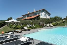 chambre hote biarritz charme cote atlantique location vacances avec piscine privee b b