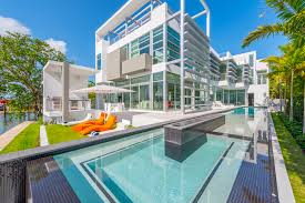 kylie jenner stays in 20 million dollar home listed by julian johnston