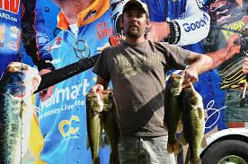 hutchins hauls in potomac river lead flw fishing articles