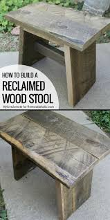 Diy Wooden Bedside Table by Best 25 Reclaimed Wood Side Table Ideas On Pinterest Wood Side