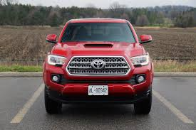 new toyota truck review 2016 toyota tacoma canadian auto review